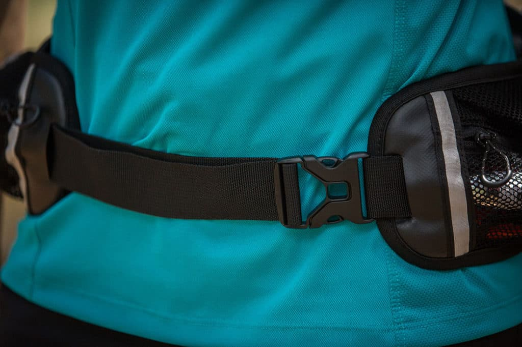 The buckle sits to one side, reducing any uncomfortable rubbing on your belly. Photo: ©Richard McGibbon