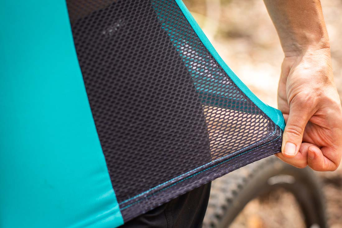The side mesh panel on the Women's Tori offers the ultimate air flow. Photo: ©Richard McGibbon