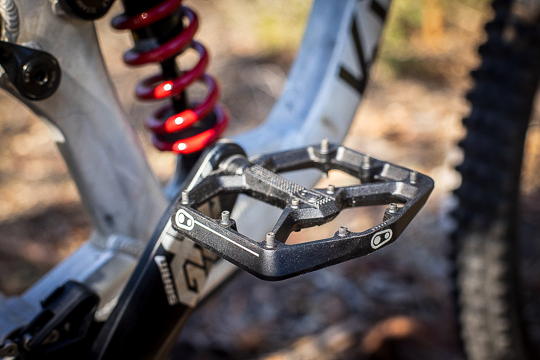 crankbrothers stamp pedal and shoes